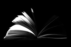 book-933280_1920
